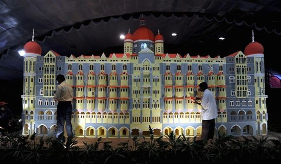 Interesting Stuff from All Over The World: The World's Largest Cake (Photos)