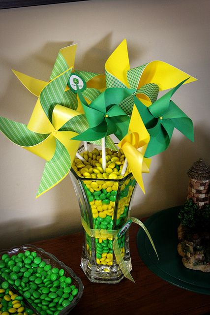 John Deere Theme Birthday Party... Great Way to bring in some color without flowers, since it'll be January!