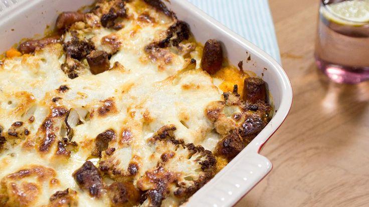 Ovenschotel met merguez, witte kool en zoete aardappel | VTM Koken