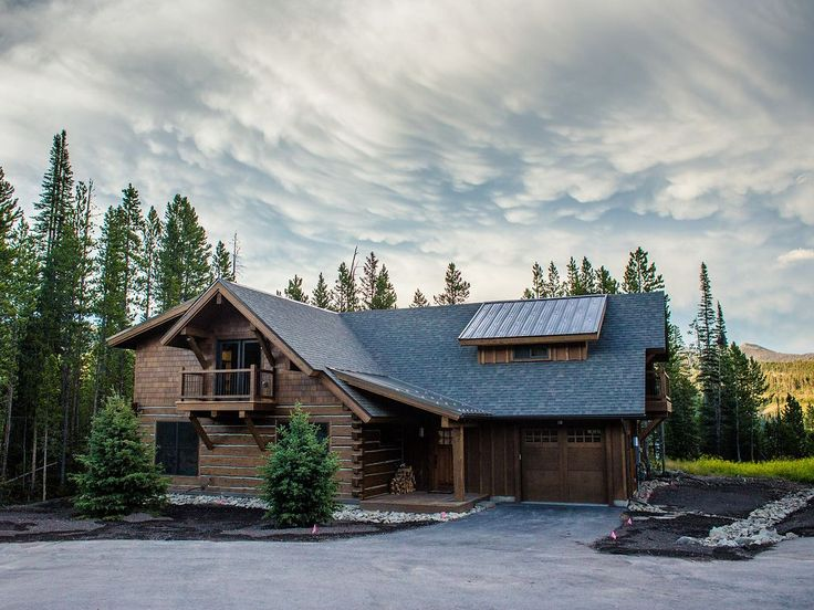 17 best images about cozy cabins on pinterest lakes for Big sky cabin rentals