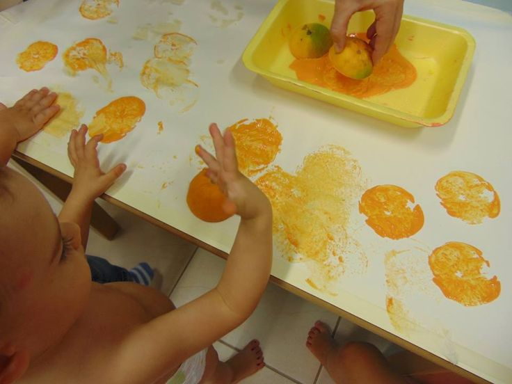 Orange prints! All you need are oranges cut in half and some orange paint! let the little ones have have with some orange prints!