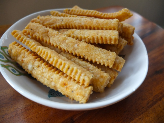 Applewood Smoked Cheddar Cheese Straws | Cheese and such | Pinterest