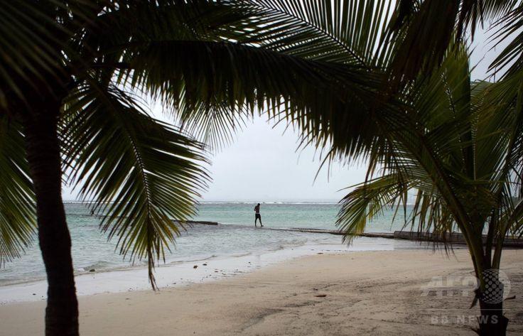 熱帯低気圧「エリカ」が接近するドミニカ共和国・ボカチカ Boca Chica のビーチ(2015年8月28日撮影)。(c)AFP/ERIKA SANTELICES ▼29Aug2015AFP 熱帯低気圧「エリカ」、ドミニカ国で少なくとも死者12人 http://www.afpbb.com/articles/-/3058722 #Tropical_Storm_Erika_2015