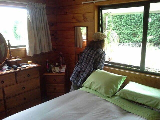 Kragbol's master bedroom