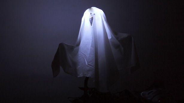 Mit Kindern zu Halloween basteln: Geister!