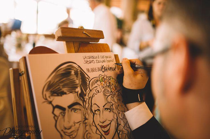 Cartoonist at work #art #draw #weddingidea #weddingday | @AliceCoppola Photographer