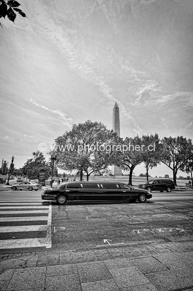 Washington monument limousine 2012