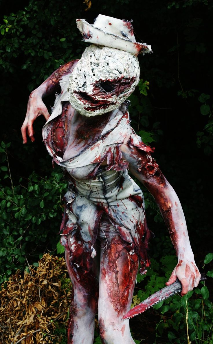 Creepy but amazing cosplay ... Silent Hill Nurse, Cosplay by: ~UndercoverEnvy