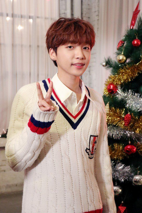Starship Planet 'Christmas Day' MV filming - #Sewoon <3
