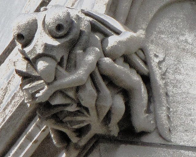 Preying Mantis gargoyle at the National Cathedral in Washington, DC. Photo by Victoria Pickering (flickr).