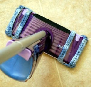 I hate buying disposable covers for my mop when crocheted cotton ones not only work better, but can be washed and reused! This cover is specifically designed for mops with two spray nozzles on the ends.