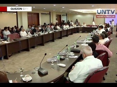 DOJ, inirekomenda kay Pres. Duterte na ipawalang bisa ang kasuduan ng BUCOR at TADECO - WATCH VIDEO HERE -> http://dutertenewstoday.com/doj-inirekomenda-kay-pres-duterte-na-ipawalang-bisa-ang-kasuduan-ng-bucor-at-tadeco/   Inirekomenda ni Department of Justice Secretary Vitaliano Aguirre kay Pangulong Rodrigo Duterte na ipawalang bisa ang naging kasunduan sa pagitan ng BuCor at Tadeco. For more videos: For News Update, visit:  Check out our official social media accounts: In