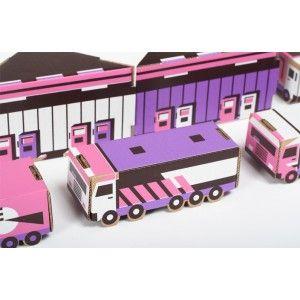 Miasto z Kartonu - Różowe, Papierowe Miasto wersja 3 z Ciężarówkami