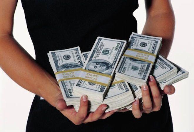Tomar el control de nuestras finanzas, vivir sin deudas y sin preocupaciones no es más que un sueño para la mayoría de nosotros. Todos buscamos un motivo para celebrar nuestra relación con el dinero. Celebramos por un nuevo trabajo, la compra de vivienda y también sería excelente celebrar por conseguir nuestra independencia financiera ¿verdad? Antes …