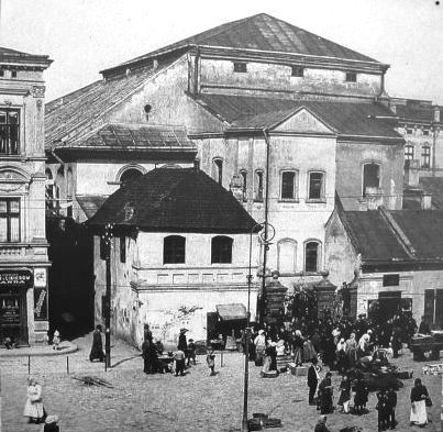 Jews outside the old Synagogue in Przemysl Ghetto