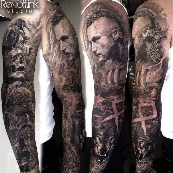 Mein Tribut an die Serie Vikings ist mein Sleeve Tattoo auf dem Arm mit vielen Elementen der Wikinger und Details wie Runen und Tieren der Wikininger Myt...