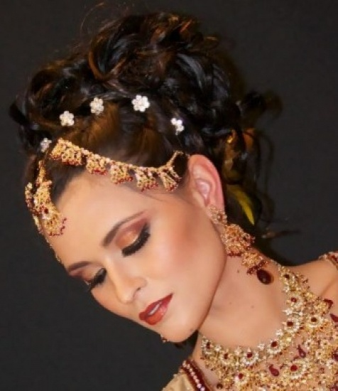 Asian Bridal Hairstyle : 672 best indian & asian bridal hair makeup and accessories part 1