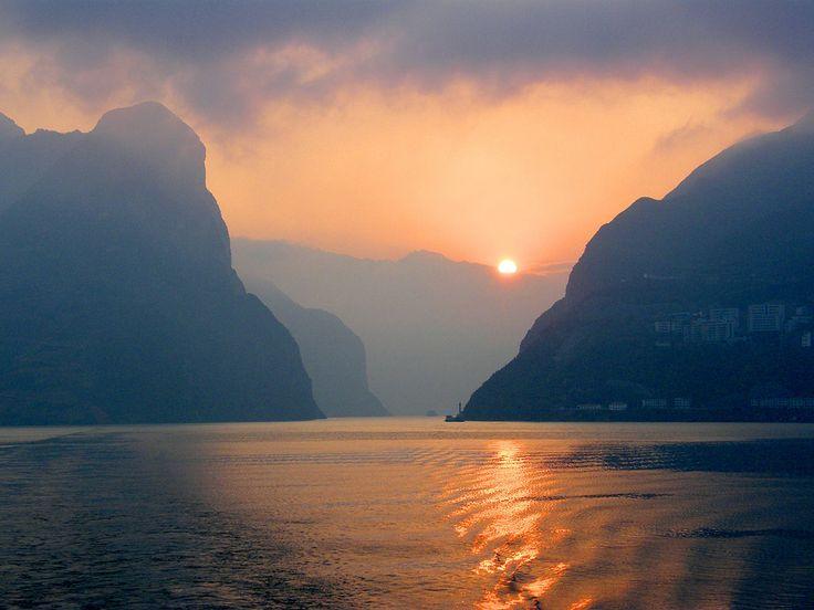Setting Sun on the Yangtze River