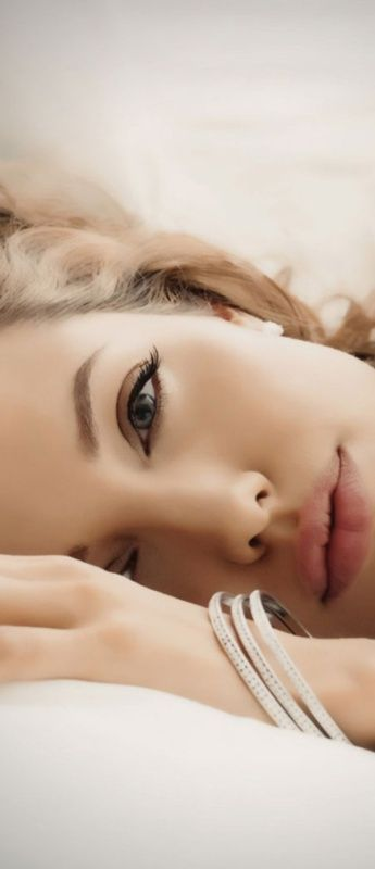 Angelina Jolie アンジェリーナ·ジョリー