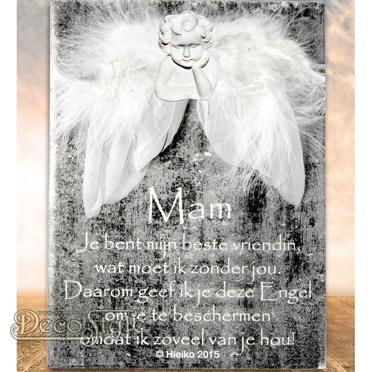 """SLC Gedichtentegel Angel Wings - MAM  Uit de collectie """"Ik geef jou een engel"""" komt deze tegel met een klein gedichtje. Naast dit kleine gedichtje is de tegel voorzien van beschermende engelen vleugels en een   engelen hoofdje. Voor een ieder die wel een beetje extra bescherming kan gebruiken.  Op het tegeltje staat het volgende gedichtje:  MAM Je bent mijn beste vriendin, wat moet ik zonder jou. Daarom geef ik je deze Engel om je te beschermen omdat ik zoveel van je hou!"""
