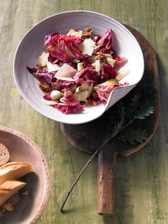 Radicchio - Birnen - Salat mit Walnüssen und Parmesan