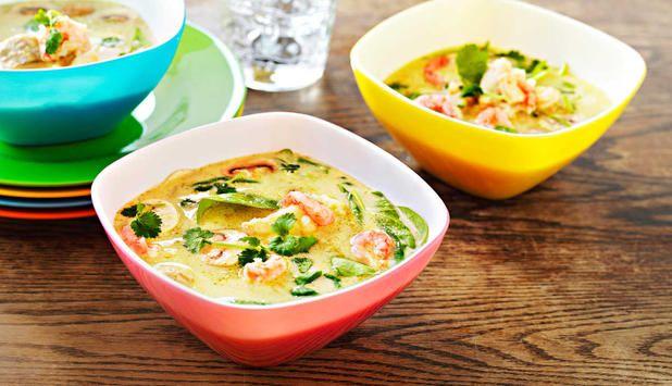 Grønn currysuppe med torsk og reker