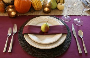 rms-chasingpaige_purple-fall-table-setting_s4x3-jpg-rend-hgtvcom-966-725