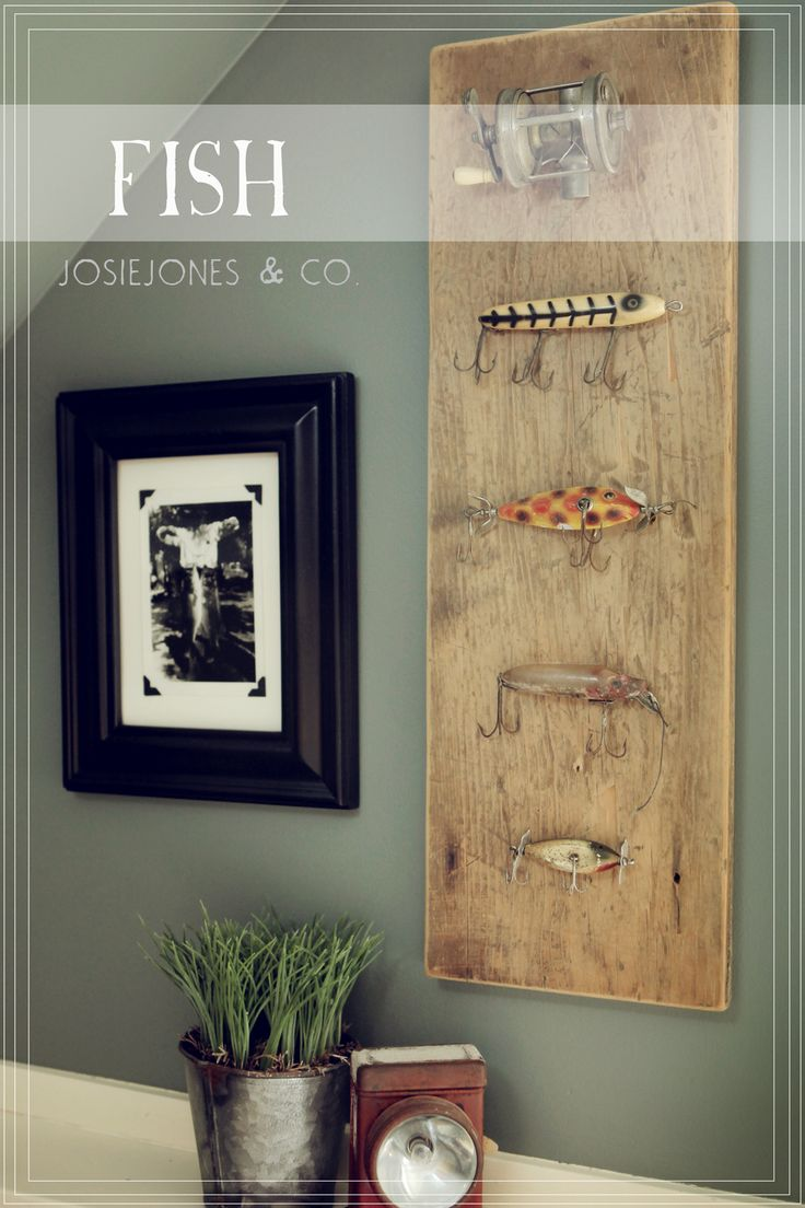 DIY Antique fishing board... for our guest bedroom.