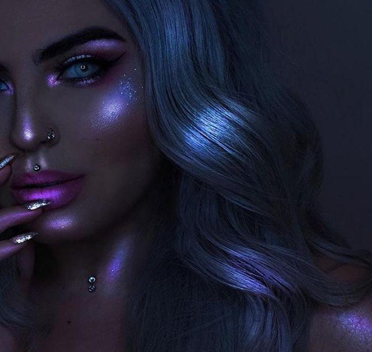 UCANBE Brand New Triangle Face Highlighter Powder Makeup Palette Illuminator Hea…