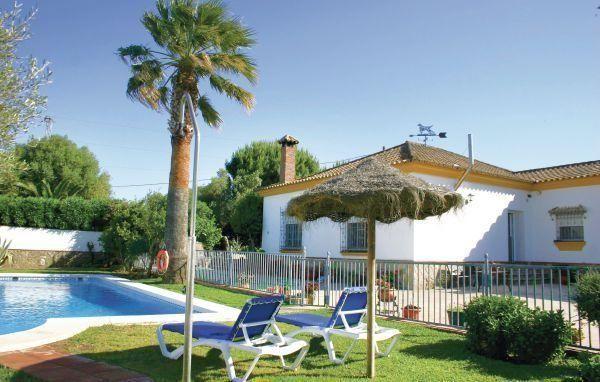 Holiday home Dehesa de las Yeguas - #VacationHomes - $85 - #Hotels #Spain #BenalupCasasViejas http://www.justigo.com/hotels/spain/benalup-casas-viejas/holiday-home-dehesa-de-las-yeguas_5937.html