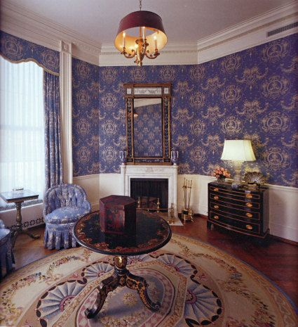 Do Laura and George have separate bedrooms in the White House?