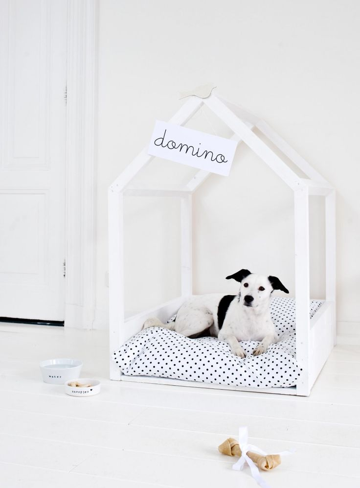 These DIY pet beds are doggone adorable.