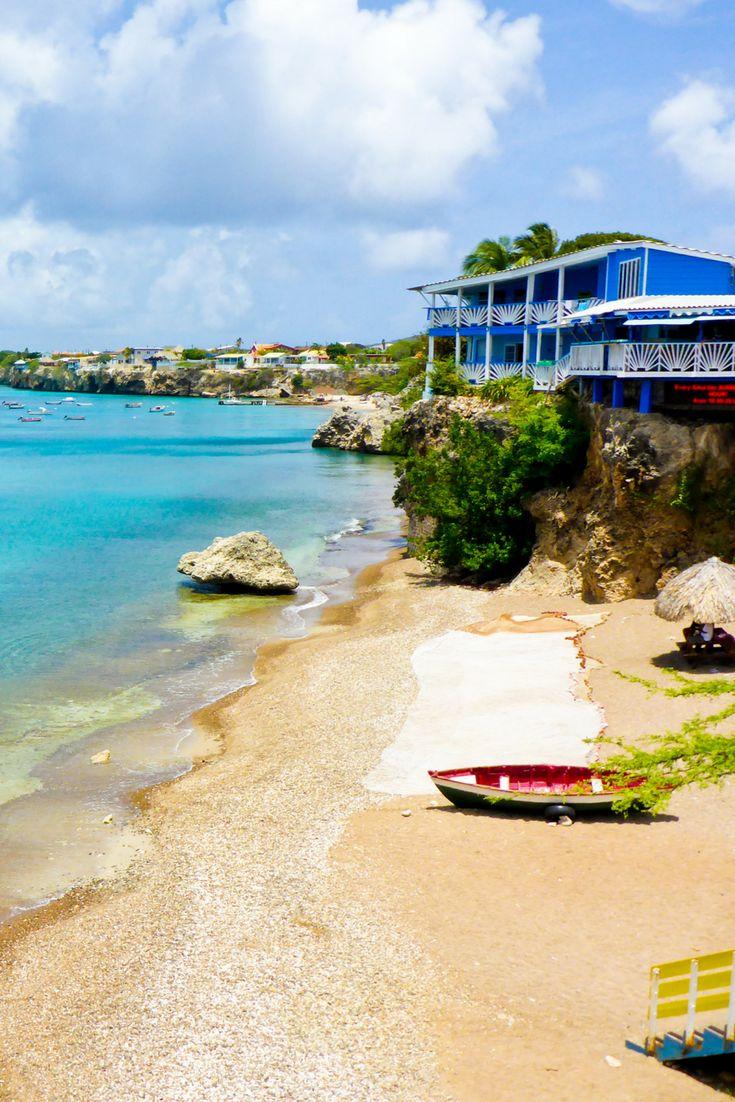 Wij helpen u graag aan een accommodatie aan zee!