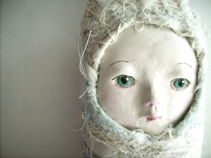 Tutorial: make a doll's face using paper mache paste