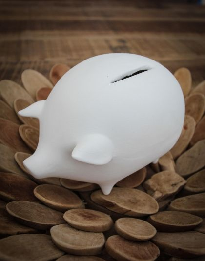 These white clay piggy banks or money boxes are individually hand finished and are unique in detail. Not only are they lovely to look at, but they also make sure you save a little! Purchase them from www.wave2africa.com