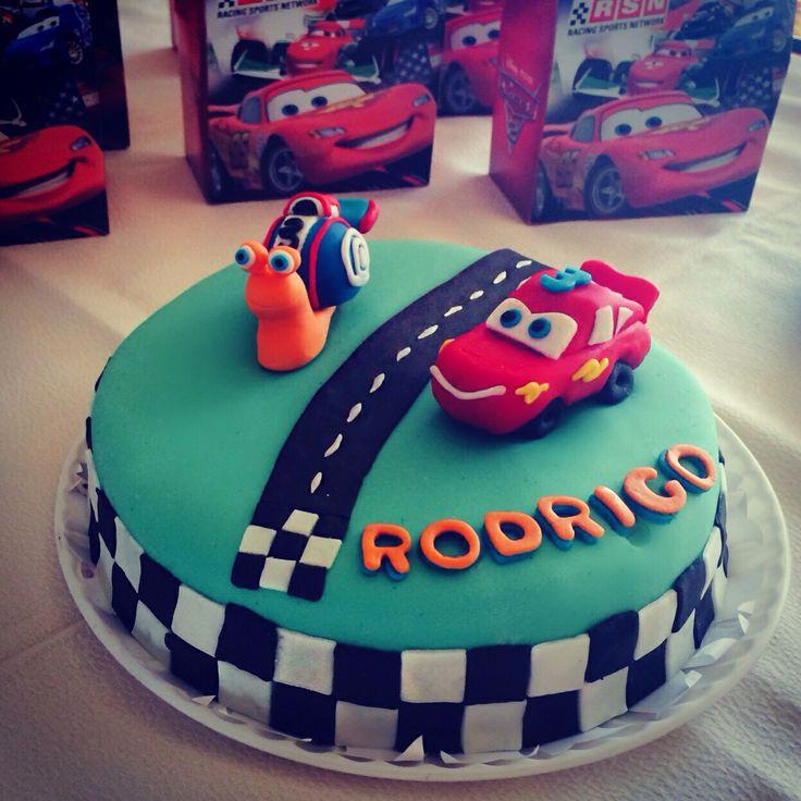 Cars and turbo Fondant cake  Pastel de cars y turbo en Fondant lightning mcqueen and Teo Rayo mcqueen y Teo Turbo