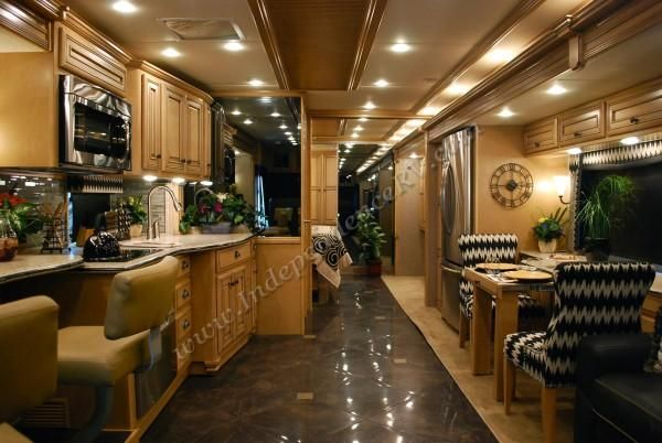 2014 rv interiors | 2014 Newmar Dutch Star 4369 Factory Demo Bath and a Half RV Interior ...