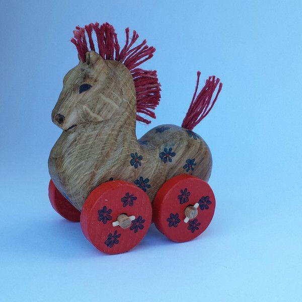 Cavalli a dondolo - Cavallo con ruote, giocattolo colorato - un prodotto unico…