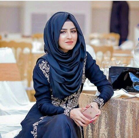 Pin on hijab stall's