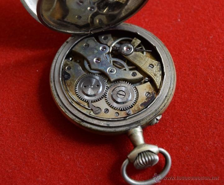 Relojes de bolsillo: Antiguo reloj de bolsillo para repuestos o piezas. Maquinaria en marcha. 5cm. - Foto 4 - 51375088