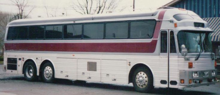Old Bus Photos,Bus For Sale,bus sales,Prevost Buses,stars buses,Entertainer Bus,Motorhome,