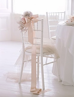 So pretty for a ballet wedding theme! - Repinned by http://www.soireedeluxe.co.uk