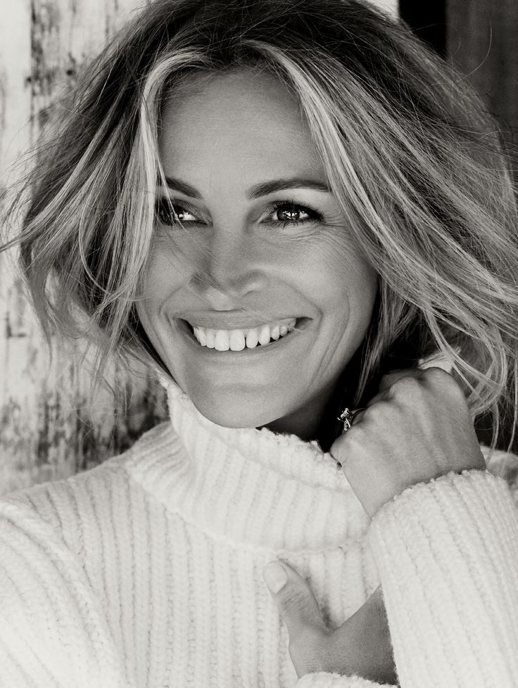 julia-roberts-by-tom-munro-allure-october 2015-01b