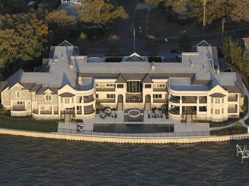 Derek Jeter's colossal 30,875-square-foot mansion in Davis Islands, a waterfront neighborhood of Tampa, was recently completed after nearly two years of construction.