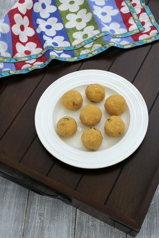 Rava Besan Ladoo | Recipe | Photos, Mouths and Ganesh
