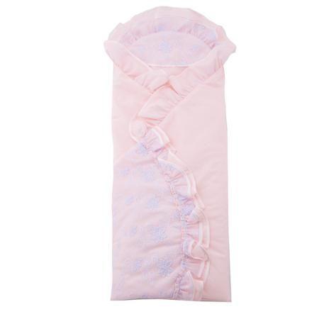 """Плакса Конверт-одеяло Скарлет  — 2495р. ------------------------ Конверт-одеяло """"Скарлет""""розовогоцвета марки Плакса для девочек. Конверт, выполненный из чистого хлопка, дополнен подкладкой из холлофайбера, которая обеспечивает хорошую вентиляцию и терморегуляцию. Изделие декорировано нежными рюшами, воздушным кружевом, а также отделкой атласной лентой.Конверт на выписку в дальнейшем можно использовать как одеяло для малышки. Размер: 105х105 см."""