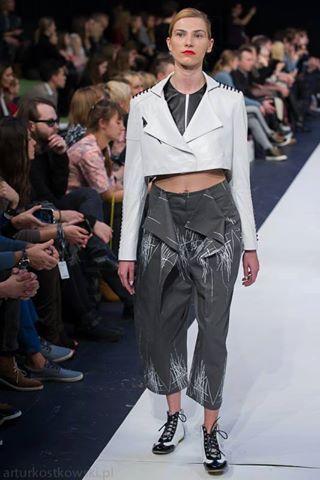 """Anna Syczewska Anniss, kolekcja """"Amplitude"""" 12.11.2015 r. prezentowana w ramach Fashion Week Poland więcej znajdziesz tutaj: http://anniss.co.uk/product-category/amplitude/"""