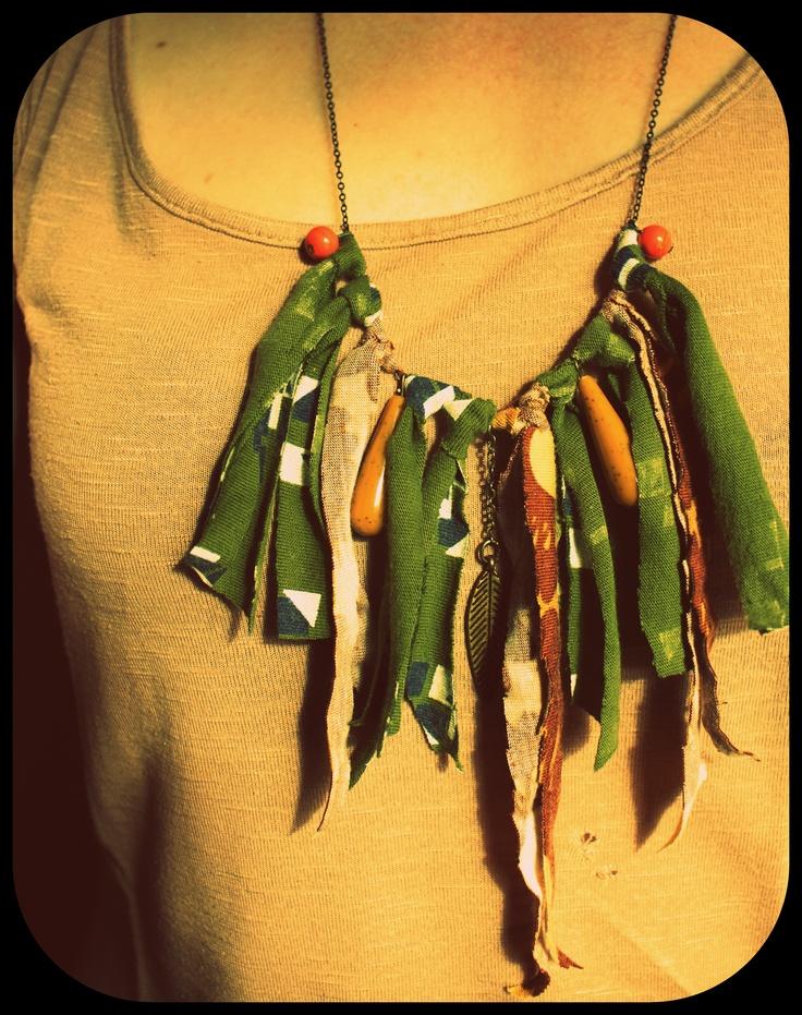 tshirt fringe necklace with beads and brass feather. #ethnic #boho #gipsy #fringe #diy #tshirt fringe