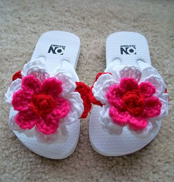 add those crocheted flowers to your flip flops...to dress them up...why did I never think of this?!