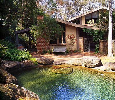 I love the shallow section of this pool with the boulders. Nothing worse than having to jump into a pool!